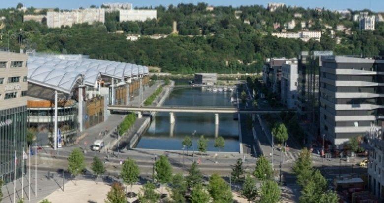 Achat / Vente programme immobilier neuf Lyon 2 Confluence à 100 mètres du tramway (69002) - Réf. 2023